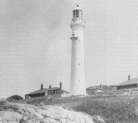 lighthouse-2.jpg (36003 bytes)