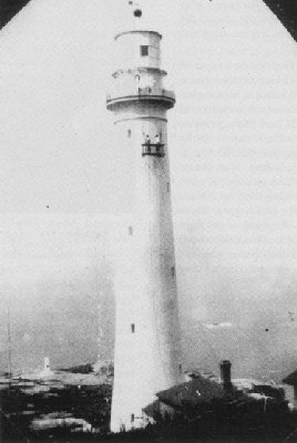 lighthouse-3.jpg (19192 bytes)